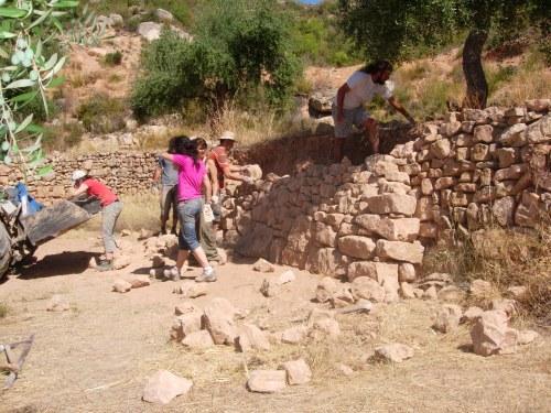 taller reconstrucció mur pedra seca
